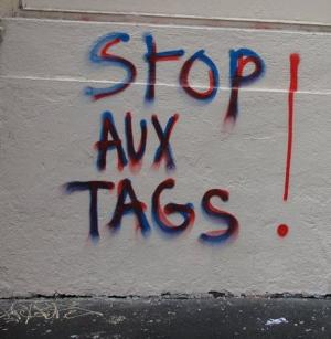 stop-aux-tags.jpg
